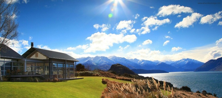 Recommended Hotel: Whare Kea Lodge & Chalet is a private luxury lodge overlooking beautiful lake Wanaka.  Find us on twitter: @LuxuryNZ_ID and on facebook: Luxury NZ Indonesia