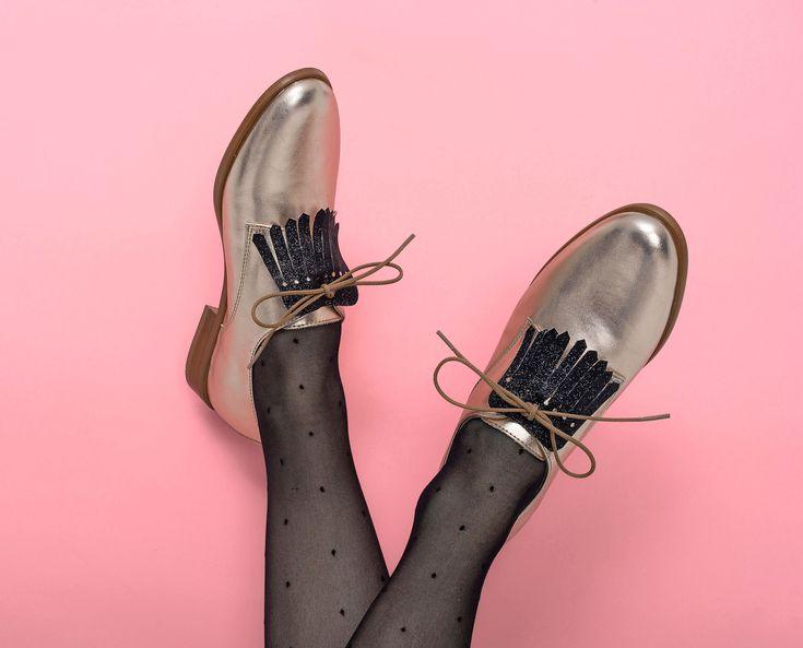 Customiser ses chaussures avec les pattes frangées