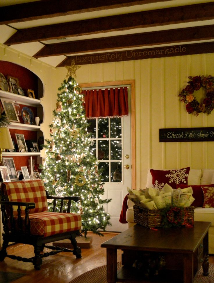 A Simple, Rustic Christmas |Exquisitely Unremarkable