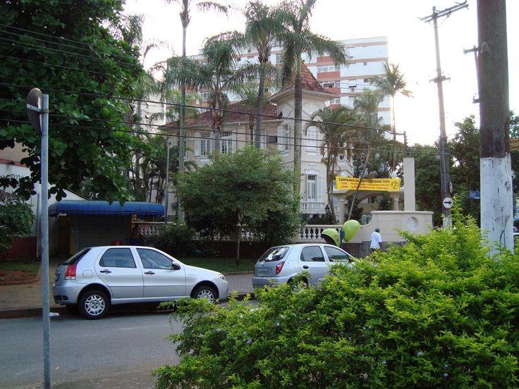 Faculdade de filosofia da Unisantos.Antigo prédio onde funcionou o primeiro campus, na Rua Euclides da Cunha,Bairro da Pompéia,Santos/SP,Fotografei dia 10/mar/09.