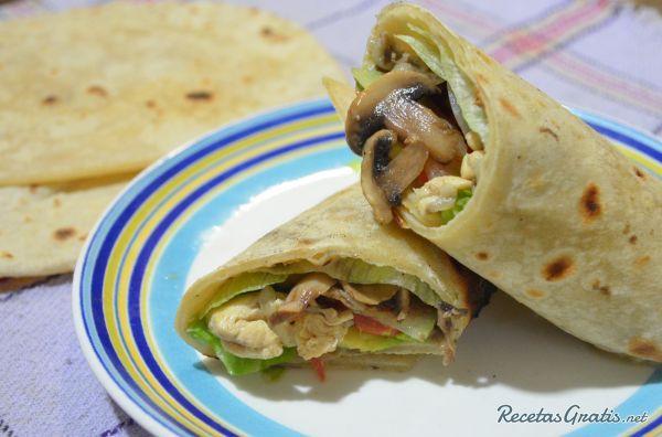 Receta de Wrap de pollo y champiñones 4 votos Dificultad media Wrap de pollo y champiñones