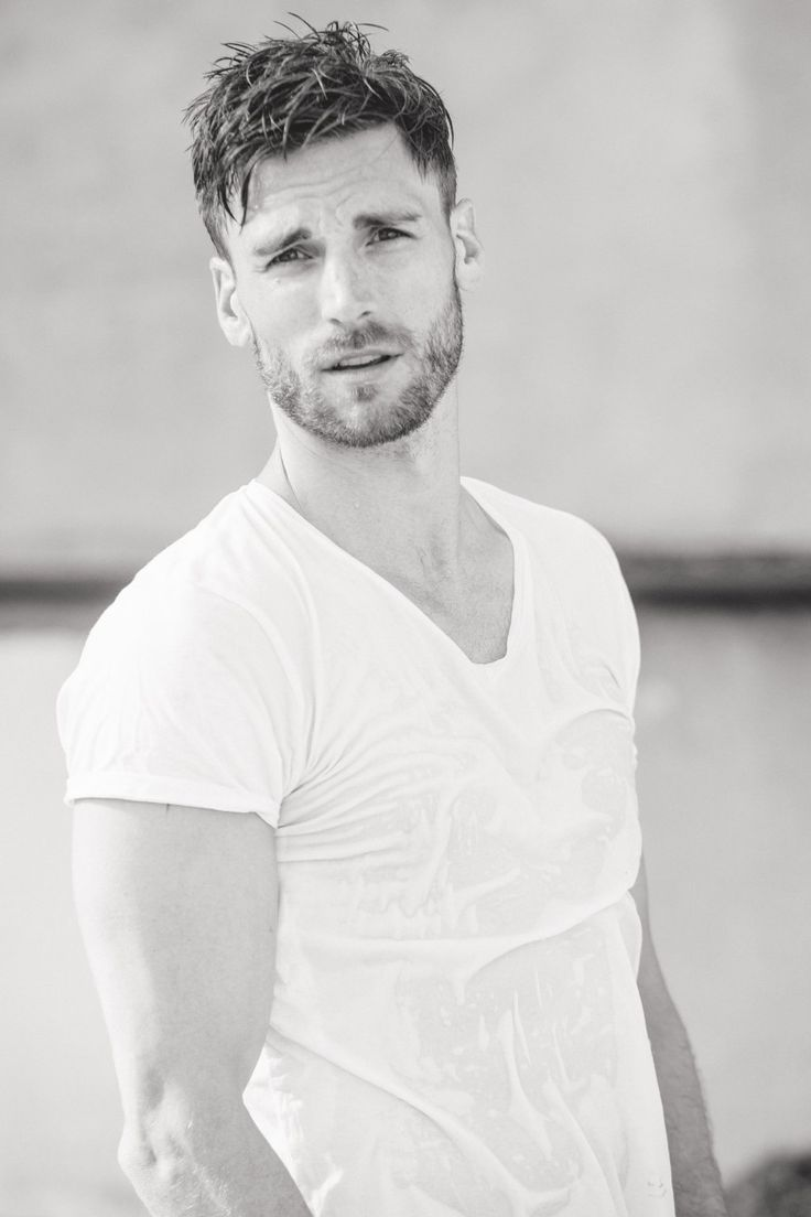 The 10 best Andrew Walker images on Pinterest | Famous people, Hot ...