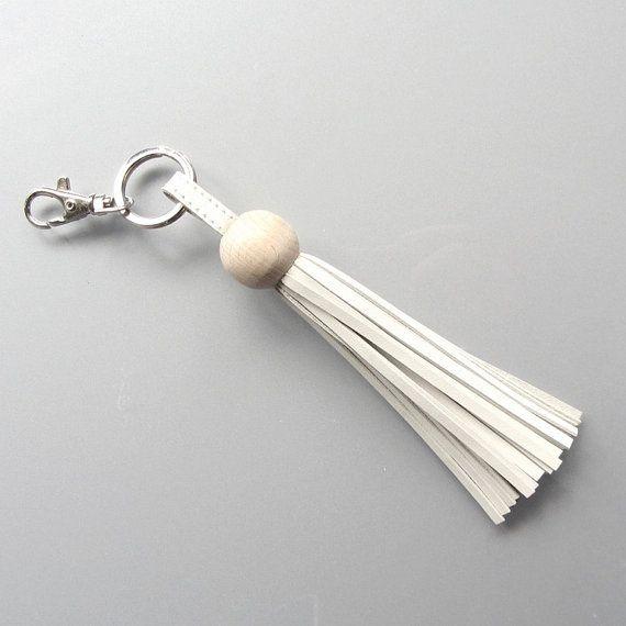 Leather tassel / tassel keychain/ tassel keyring by RinartsAtelier