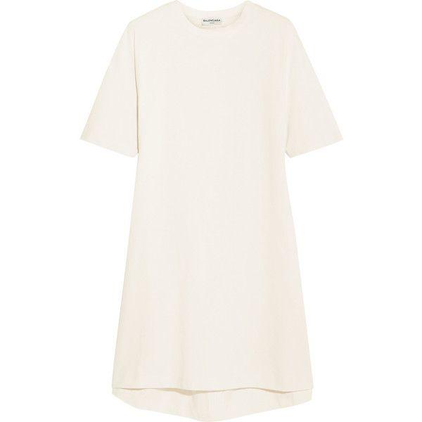 Balenciaga Oversized cotton-jersey T-shirt (1.565 BRL) ❤ liked on Polyvore featuring tops, t-shirts, dresses, balenciaga, ecru, white top, long tee, long white t shirt, long t shirts and balenciaga t shirt