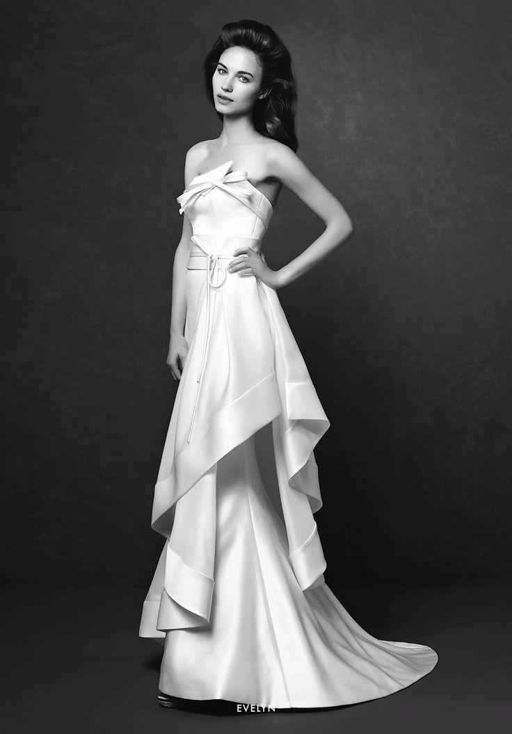 Collezione Signature 2015 - Elisabetta Polignano: Abito da sposa in seta con fiocchi sul corpetto #wedding #weddingdress #weddinggown #abitodasposa