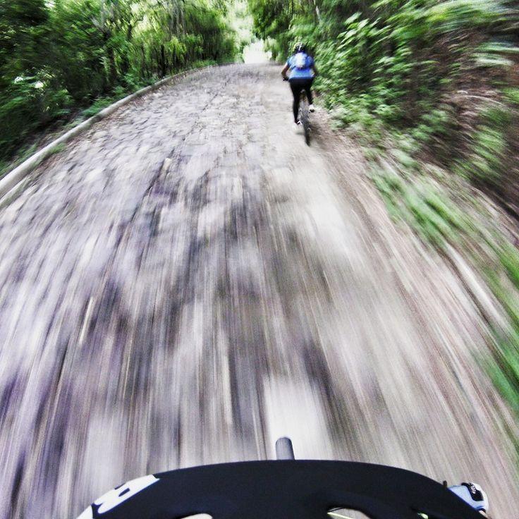 Espectacular #foto el #FinDeSemana en #bicicleta con la #DriftGhostS! ¿Y tu que vas hacer el fin de semana con tu #cámara #Drift? #LiveOutsideTheBox!