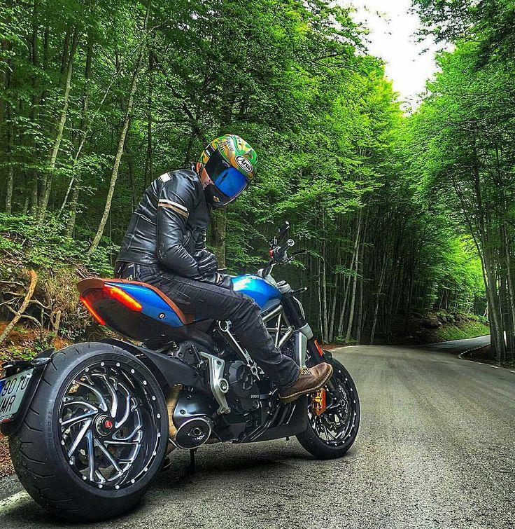 Ducati Diavel X