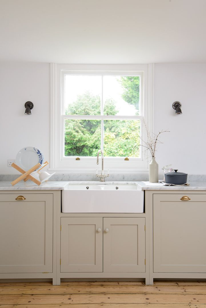 Here's another brand new photo for you! This is the Brighton Kitchen by deVOL, painted in 'Mushroom' with honed Carrara marble worktops