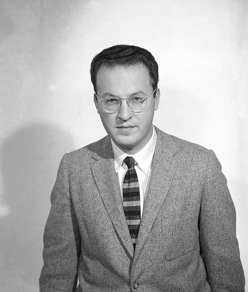 Donald Glaser.Fizikçi Donald Arthur Glaser, Rus asıllı ABD'li fizikçi. 1960 yılında Nobel Fizik Ödülü'ne layık görüldü. Vikipedi Doğum: 21 Eylül 1926, Cleveland, Ohio, ABD Ölüm: 28 Şubat 2013, Berkeley, Kaliforniya, ABD Ödüller: Nobel Fizik Ödülü, Elliott Cresson Madalyası, Guggenheim ABD & Kanada Doğa Bilimleri Bursu Eğitim: Kaliforniya Teknoloji Enstitüsü (1946–1949), Case Western Reserve University