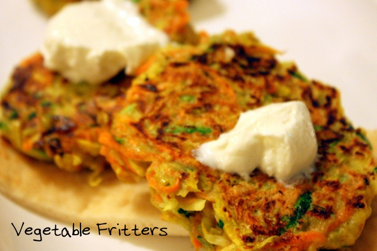 Vegetable Fritters with CottageCheeseTablespoon Cottages, Forehead Kisses, Cooking Ideas, Chees Extra, Cottage Cheese, Cottages Cheese, Vegetables Fritters, Curries Vegetables, Chees Vegetables