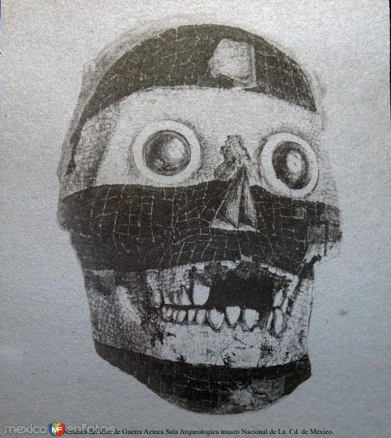 Mascara del dios de Guerra Azteca Sala Arqueologica museo Nacional de La  Cd. de Mexico.