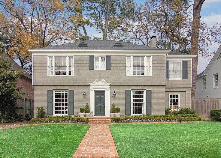 Half Brick Half Siding House I Love The Color Exterior