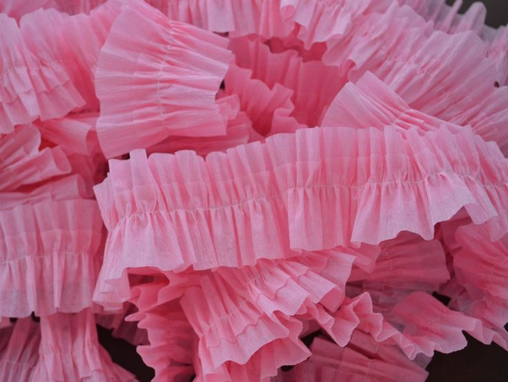 Tutorial to make a ruffled crepe paper streamer. You could also use different colors for a different look.