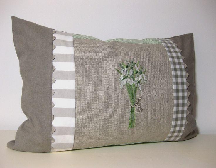 219 best images about kreuzstich fr hling on pinterest. Black Bedroom Furniture Sets. Home Design Ideas