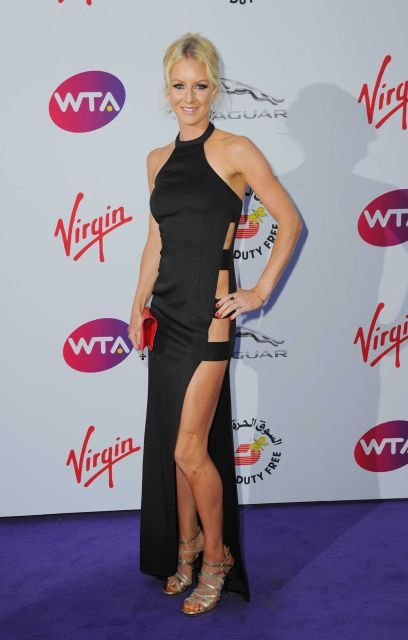 Ula #Radwanska attends the annual WTA Pre-Wimbledon Party at The Roof Gardens. How about those cutouts, though? #stunning