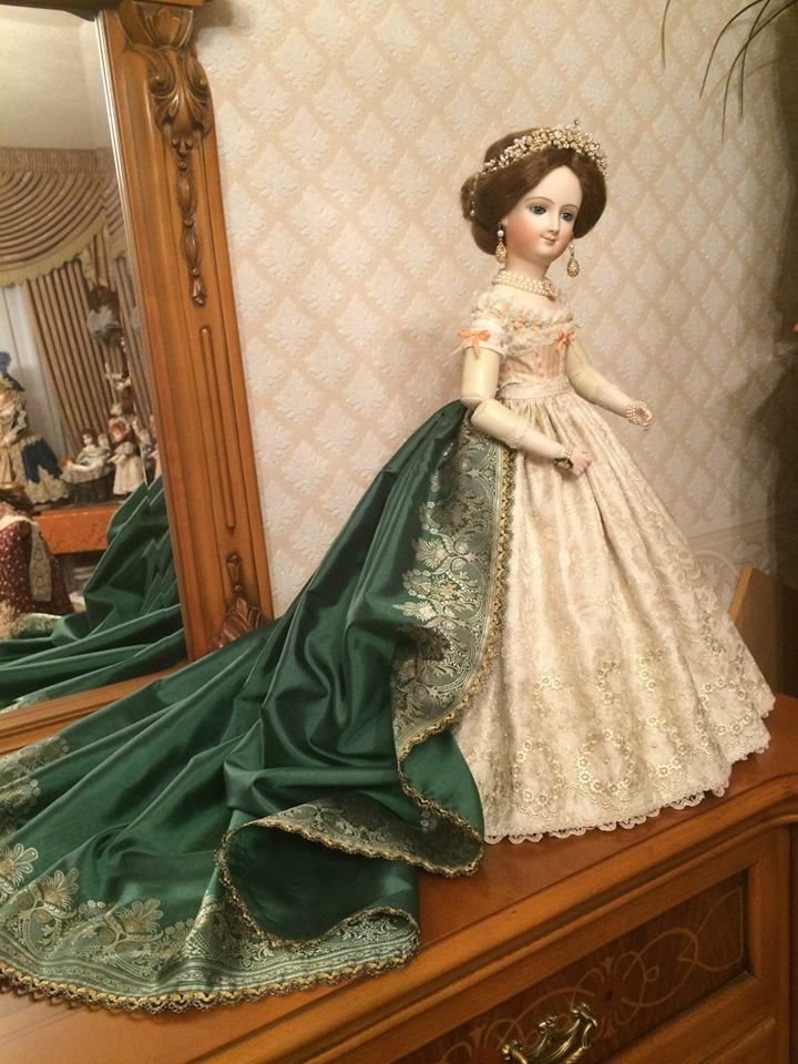 Eugene - clothes for dolls by Elena Poluchankina