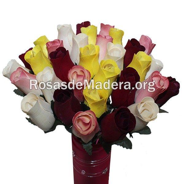 Ramo de rosas de flores #rustico #rosasdemadera http://www.rosasdemadera.org/ramos-de-rosas/94-ramo-de-rosas-rustico.html