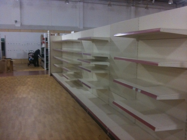 Experts in shop fitting & shop shelving | shelving4shops: A Range of Shop Shelving for a New London Store