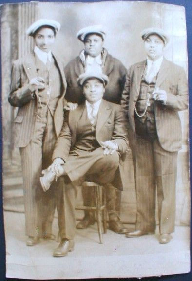 """Ladies in snappy suits. (Link goes to the Indiegogo page for """"untitled black lesbian elder project"""")    vintage bois."""