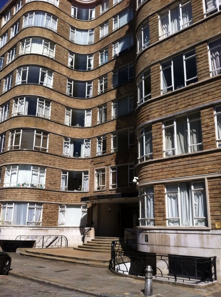 Art deco Poirot's tv residence Londen