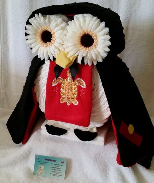 Custom Order - PENGUIN Baby Gift  Shalea Gifts Design Contains - Custom Hand Made Black/Red Minky Baby Blanket with 2 x Embroidered Artwork. 80cm x 100 cm (One of a kind) 36 x Infant Nappies 1 x Custom Embroidered Red Baby Feeding Bib 1 x Baby Wash Cloth 1 x Mickey Baby Socks size 1 - 2 2 x Reusable Artificial Flowers Very Unique Gift