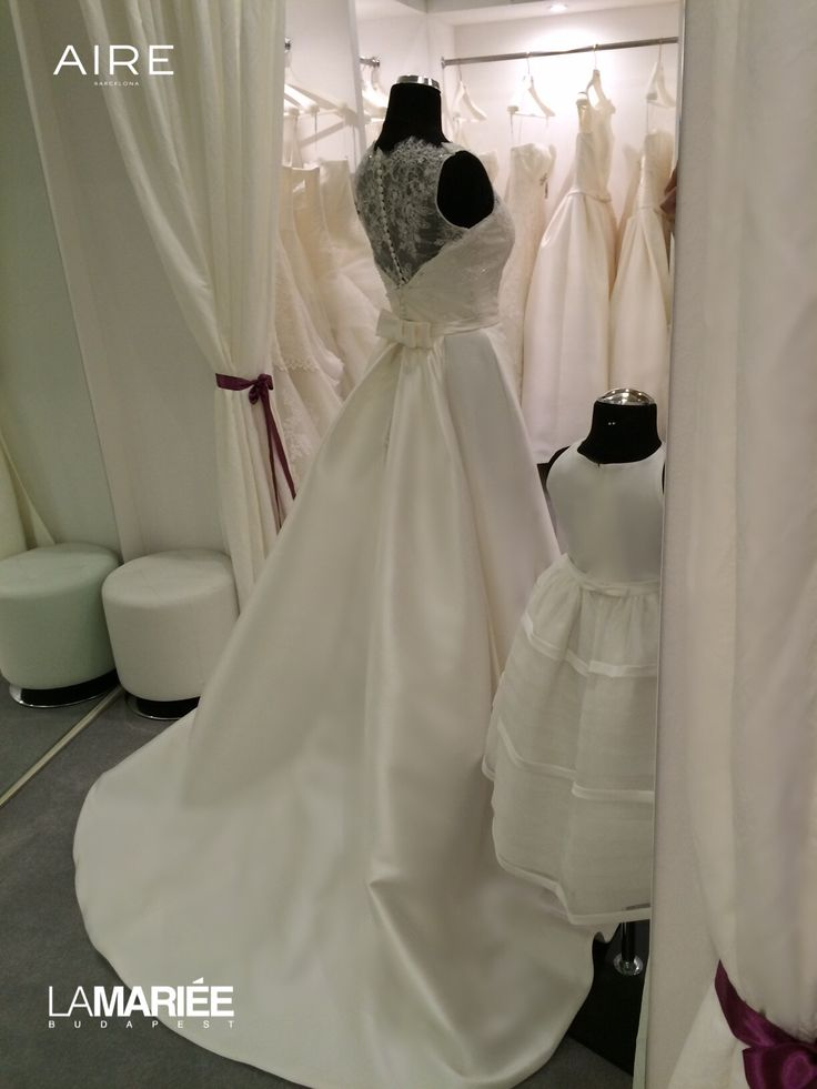 Argentina esküvői ruha Aire Barcelona - Rosa Clara http://mobile.lamariee.hu/eskuvoi-ruha/aire/argentina