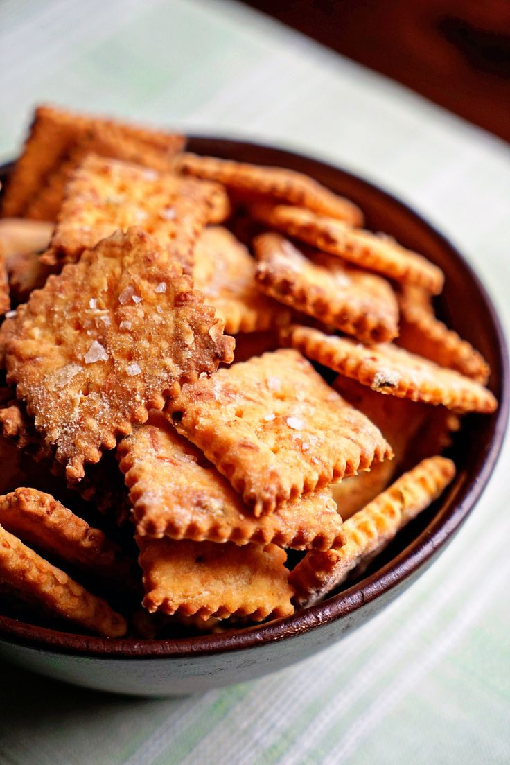 how to make cheese and crackers