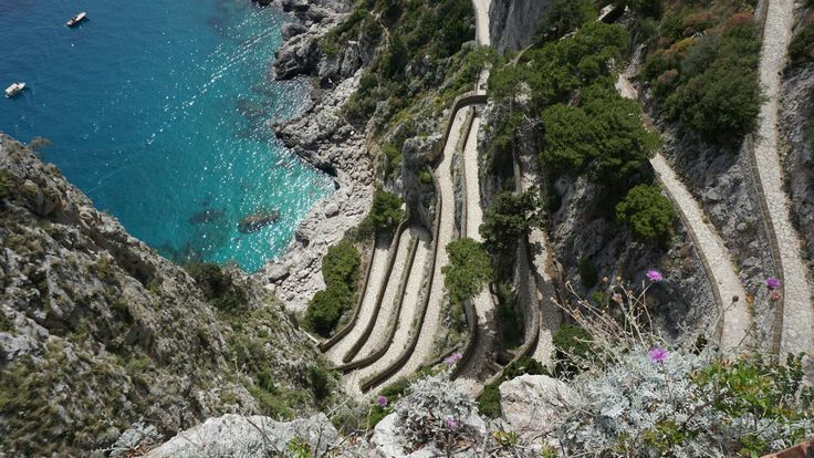 Path in Capri
