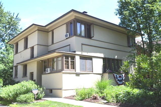 38 best frank lloyd wright homes images on pinterest for Frank lloyd wright modular homes