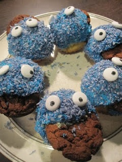 Cookie Monster cupcakes w/coconut flakes dyed blue