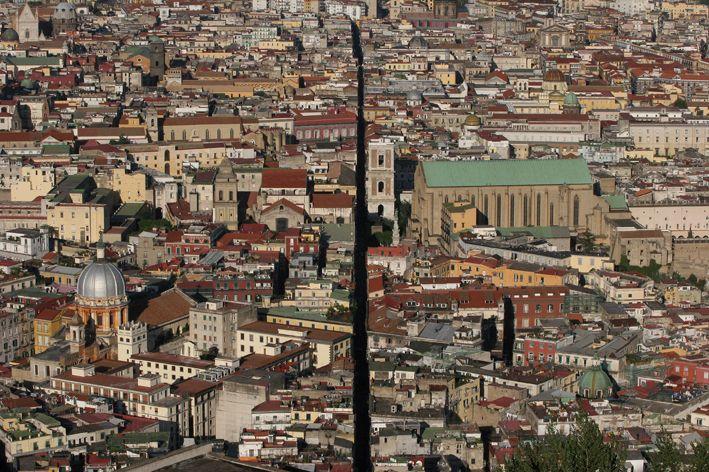 Napoli in un Pin: Spaccanapoli
