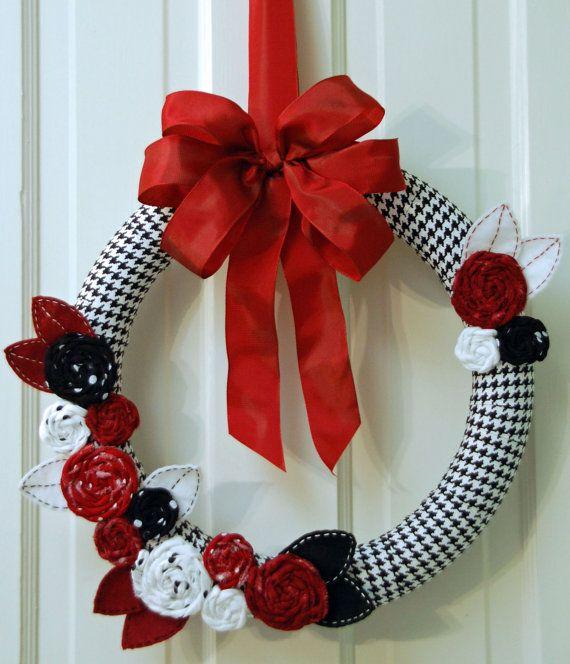 The University of Alabama Wreath. $36.00, via Etsy.