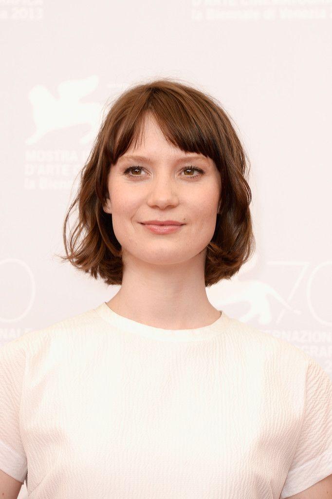 Mia Wasikowska Short Cut With Bangs - Short Cut With Bangs Lookbook - StyleBistro