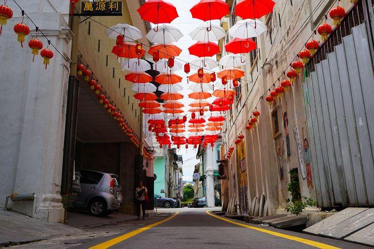 Regenschirm-Deko in der Market Lane Ipoh