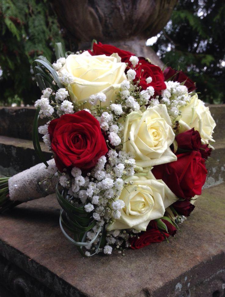 Brautstrauss Rot & Weiß