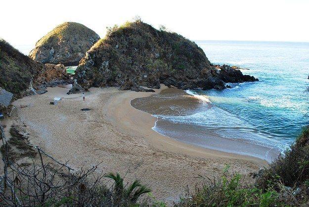 Playa Zipolite - Oaxaca. | 24 Lugares Que Toda Pareja Gay Debería Visitar En México