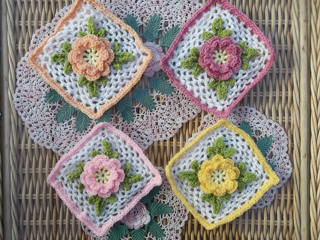 Free Crochet Rose Square Pattern : 661 best images about Crochet: granny square on Pinterest ...