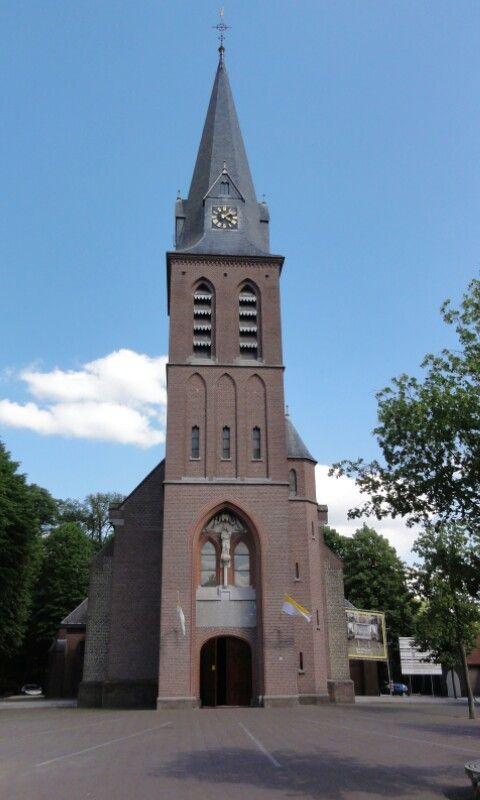 Kerk OLV ten Hemelopneming, Handel.( Gemert-Bakel).