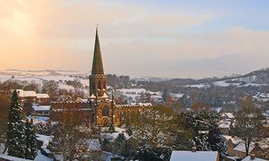 Check out the 10 best towns in UK for winter breaks. #winter #Christmas #vacation