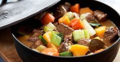 En sagolik köttgryta på högrev som går åt i ett nafs! Ännu godare blir köttgrytan om man gör den dagen innan.