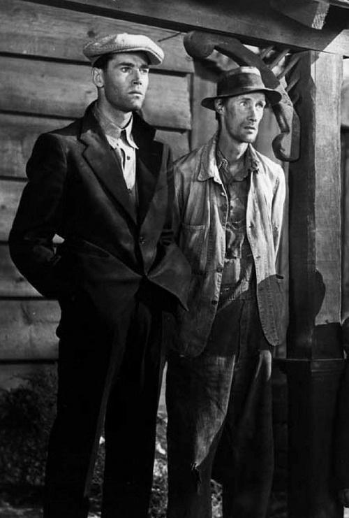 Henry Fonda & John Carradine in The Grapes of Wrath (dir. John Ford)