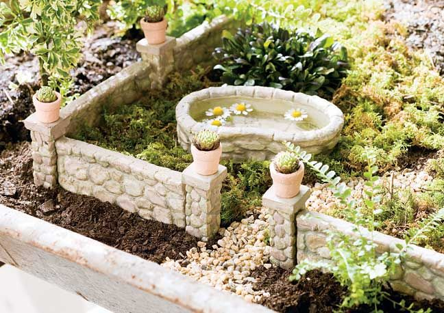 Jeremie rock wall and posts with miniature garden pond for Mini garden pool