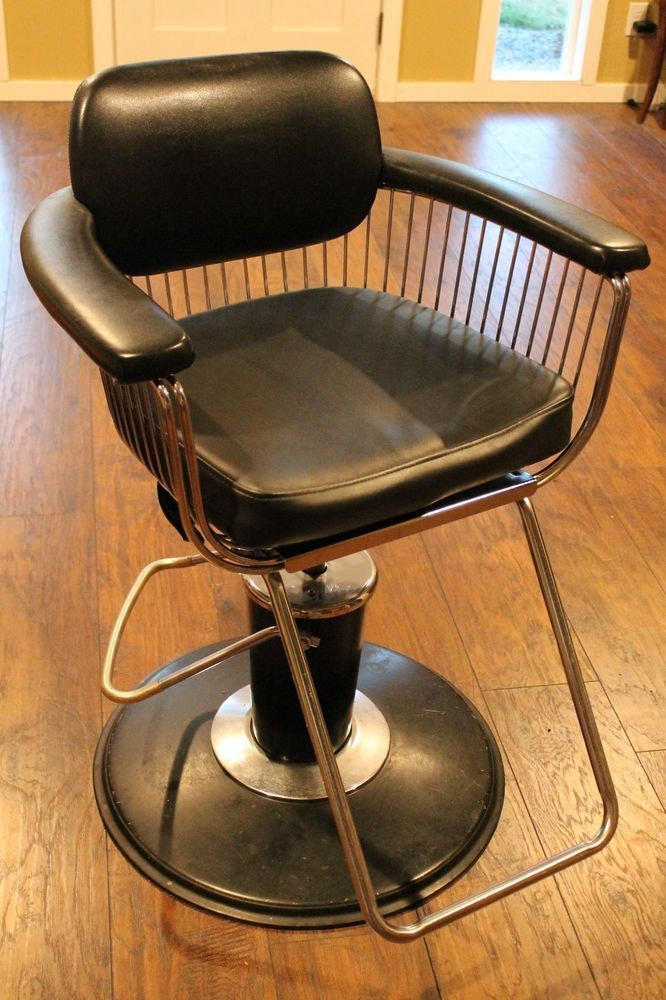 Takara Belmont Style Salon Chair Black Swivel Armrest Vintage Base Spoke Style Takarabelmontcustomsalonchairs Ideas For The House Salon