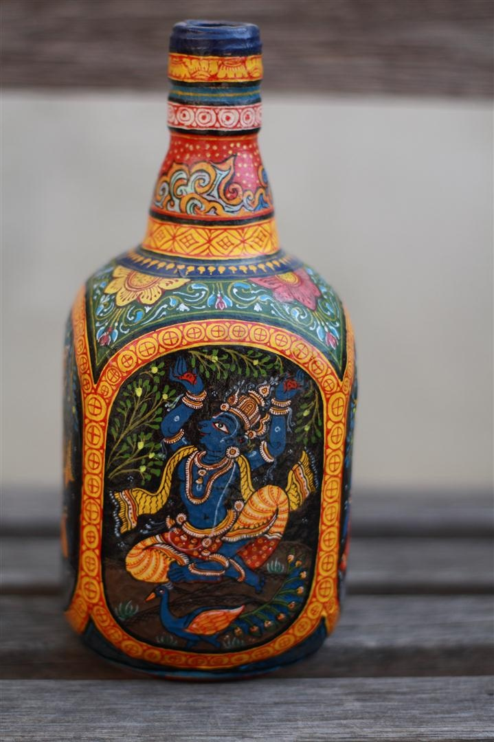Patachitra art from Orissa, India. It takes about 3 days to just prepare the canvas and another 7-8 days to paint  finally lacquer coat one bottle. Traditionally, stories from the Ramayana,Krishna Lila, incarnations of Lord Vishnu and Lord Jagannath are painted. Source: www.thecolorcaravan.com