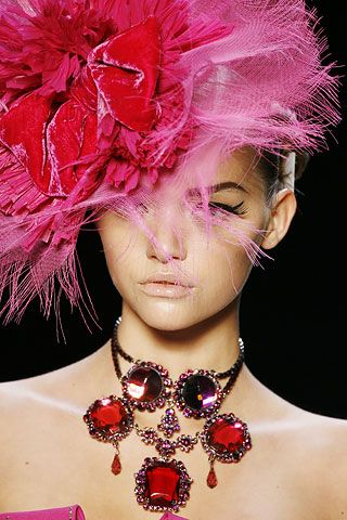 #Christian Dior Fall 2007 Ready-to-Wear Collection #Les Chapeaux #Jewellery