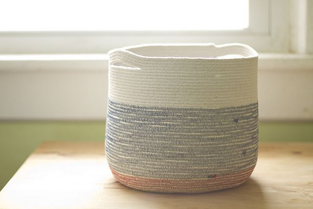 cord basket by childerhouse - tutorial here http://www.craftstylish.com/item/33825/how-to-sew-a-fabric-bowl/page/all