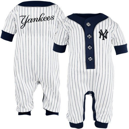Pin By Valerie George On For My Son Yankees Baby Baby Infant