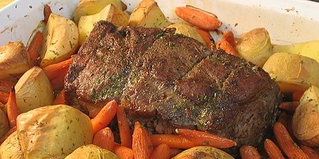 Quick Roast Beef with Roasted Potatoes and Carrots - I made it!! It worked, and I don't cook! http://www.foodnetwork.ca/recipe/quick-roast-beef-with-roasted-potatoes-and-carrots/6114/#2BpATd64mfSDvFh2.99