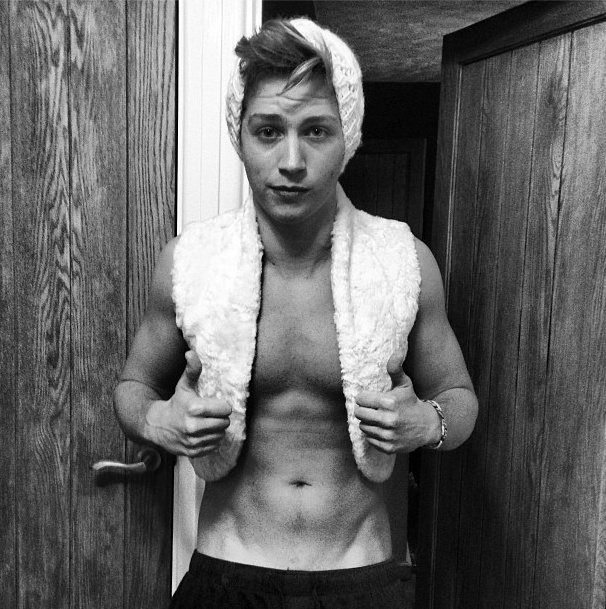 Come say hi to my boyfriend James Mcvey. The Vamps I call dibs!!