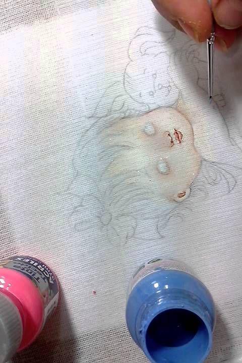 como pintar rostinho de bebê em fraldas